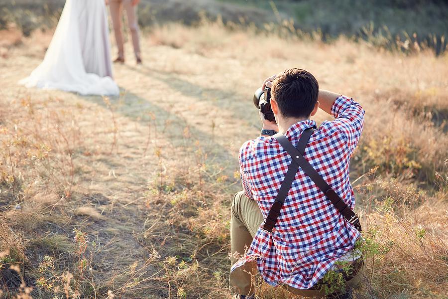 Man practicing wedding photography in Sydney
